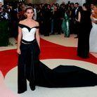 La mode durable sur la tapis rouge du Met Gala grâce à Emma Watson