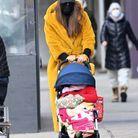 Irina Shayk promène sa fille Lea de Seine