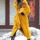 Le manteau jaune d'Irina Shayk