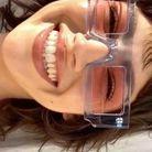 Ursula Corbero porte les lunettes Jacquemus
