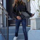 Jennifer Aniston et son sac Coussin Louis Vuitton