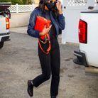 Laura Harrier et son sac Coussin Louis Vuitton
