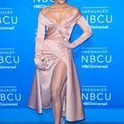 Jennifer Lopez en robe fendue