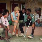 Lady Di en Angola en mocassins Tod's