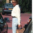 Lady Diana en jean et sac Diana