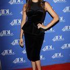 """Alors qu'elle vient d'être révélée par la série """"Suits"""", Meghan Markle opte pour une valeur sûre, la robe noire"""