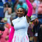 Serena Williams et ses manches rose fluo à l'US Open de 2016