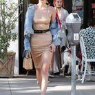Bella Hadid sexy en robe moulante