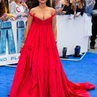 Rihanna en robe rouge Giambattista Valli en juillet 2017