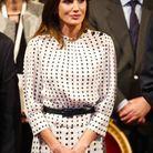 Letizia d'Espagne en robe à pois Massimo Dutti