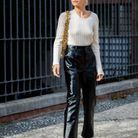 2009M0573Un pantalon en vinyle