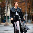 Monogramme sur collants et doublure Chanel