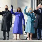 Doug Emhoff, Kamala Harris, Jill Biden et Joe Biden saluent la foule à Washington