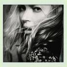 Kate Moss, adepte des imprimés 70's