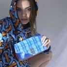 Kendall Jenner pose pour la nouvelle campagne Burberry depuis chez elle