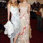 Lily Donaldson et Gemma Ward lors du Gala du Met 2006
