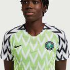 Asisat Oshoala porte le maillot du Nigéria