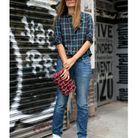 Le sac Chanel porté comme une pochette
