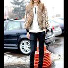 Street style : comment être chic sous la neige ? Manteau en fourrure léopard