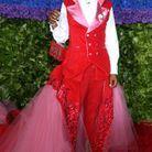 La robe utérus portée aux Tony Awards