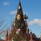 Le sapin de Noël de la place rouge à Moscou