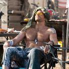 A quel point aimeriez-vous lui étaler de la crème solaire sur le torse?