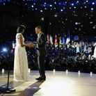 Barack danse avec Michelle sous les yeux de Beyoncé
