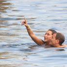 Dans l'eau, les amoureux étaient très complices