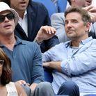 Brad Pitt et Bradley Cooper lors de la finale de l'US Open