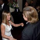 Brad Pitt et Jennifer Aniston tombent dans les bras l'un de l'autre