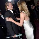 Jennifer Aniston félicite Brad Pitt après qu'il a remporté un trophée