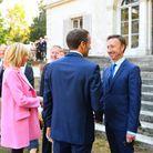 Le couple Macron et Stéphane Bern