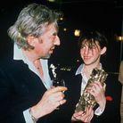 """Charlotte Gainsbourg remporte le César du meilleur espoir féminin en 1986 dans """"L'Effrontée"""""""