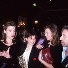 Kate Barry, Charlotte Gainsbourg, Jane Birkin et Serge Gainsbourg pendant la 11e cérémonie des Césars