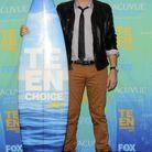 Cory Monteith remporte un Teen Choice en 2011