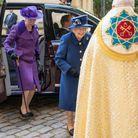 La princesse Anne a opté pour un ensemble mauve