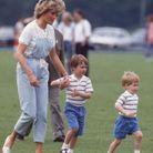 Lady Di et les princes William et Harry, en 1987