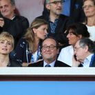 Julie Gayet et François Hollande en tribune