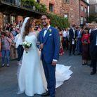 Beaucoup de public pour féliciter les jeunes mariés