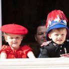 Jacques de Monaco porte un uniforme de carabinier