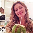 Avec sa noix de coco