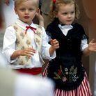 Les jumeaux en tenue de palladienne