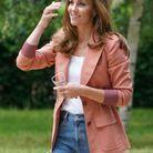 La duchesse porte un blazer signé Chloé