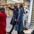 Kate et William saluent la foule