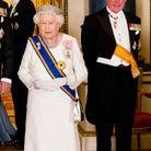 La reine d'Angleterre et le prince Charles