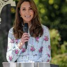 La duchesse prononce un discours