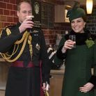 Une bière pour le prince, mais un simple verre d'eau pour la duchesse !