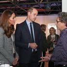 Le duc et la duchesse échangent avec les bénévoles
