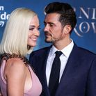 Orlando Bloom regarde amoureusement Katy Perry