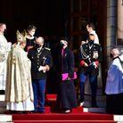 Charlène et Albert de Monaco avec l'archevêque de Monaco